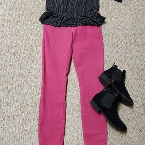 Pink Express jeggings size 6